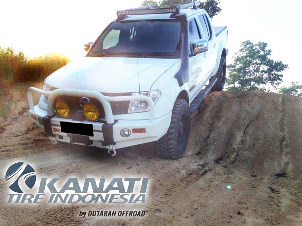 275/65-18 Kanati Mudhog MT Light Truck Tire Velg Tuff T02 di Nissan Navara Bapak Riko Pangkalan Bun